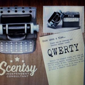 NIB RETIRED SCENTSY WARMER